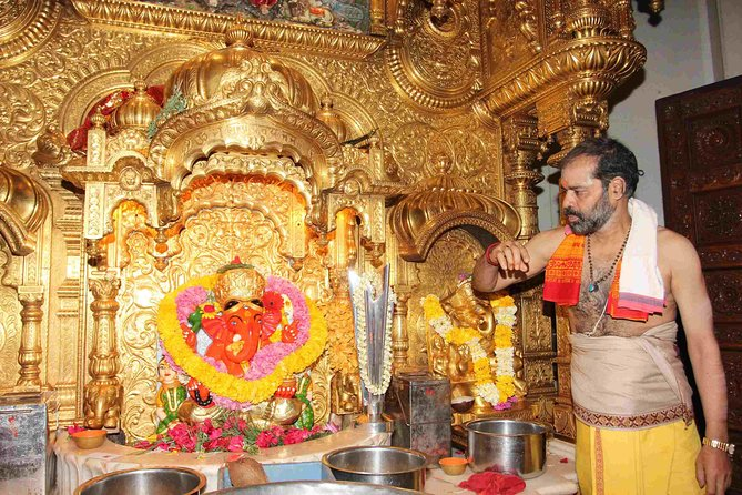 Siddhivinayak Temple : God for Richness